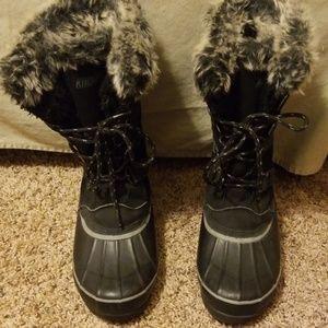 Black furry KHOMBU boots